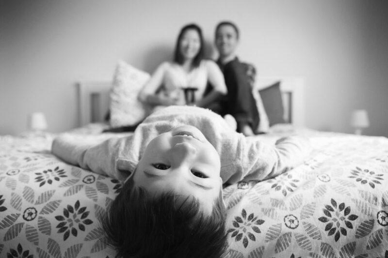 seance photo grossesse lit enfant