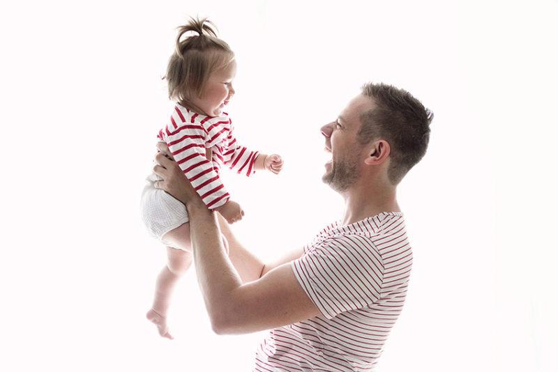 photo papa et bébé famille paris